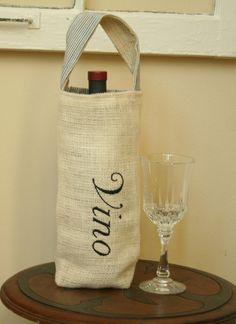Wine bottle carrier bag. On my to make list!