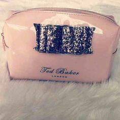 I want--Ted Baker London makeup bag   pink   glitter 8466971a27cea