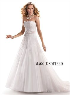 Trouwjurken | Trouwjurk van het merk Maggie Sottero model Nadia - Honeymoon shop