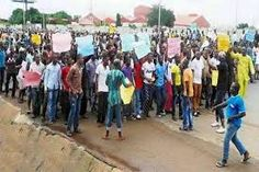 Anambra Marketers Protest FG Plot To Move Bokoharam Prisoners To The State