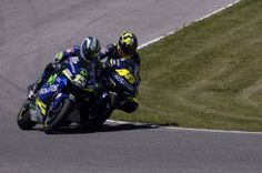 one of the best final laps. rossi and gibernau jerez spain 05