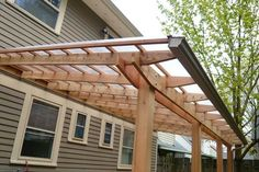 Pergola patio roof with gutter - modern but doable - I think connected to the house all the way down is debatable Backyard Canopy, Garden Canopy, Canopy Outdoor, Outdoor Pergola, Canopy Tent, Diy Pergola, Outdoor Rooms, Backyard Patio, Gazebo