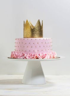 Quilted Princess Crown Cake | Whipped Bakeshop