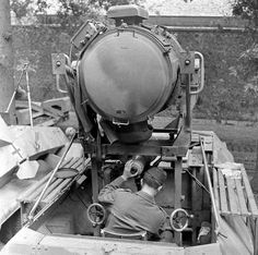 "Sd.Kfz. 251/20 Ausf. D ""Uhu"" mit Infrarot-Nachtsichgerät | Flickr - Photo Sharing!"