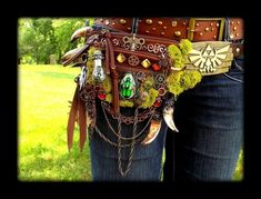 Legend of Zelda Pack I want to make something similar to this to wear to Ren Fest!>> HOLY FREAKING COW.
