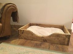 CHUNKY RUSTIC FARMHOUSE SOLID WOODEN DOG BED - ALL SIZES