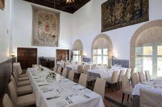 #Montaje #banquete en el #Parador de #Almagro   #rusticChic #bodas #tematicas #lugar #magico #bodas con #encanto #weddingvenue #bodatrendy #chicweddings