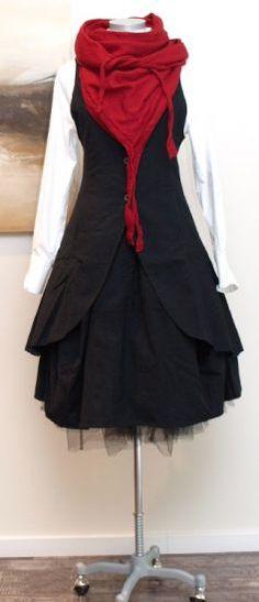 Farb-und Stilberatung mit www.farben-reich.com - rundholz black label - Longweste schwarz - Winter 2013