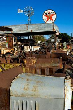 CLICK HERE TO GET TEXACO signs http://clockworkalphaonline.com/cars-oil-gas/texaco/