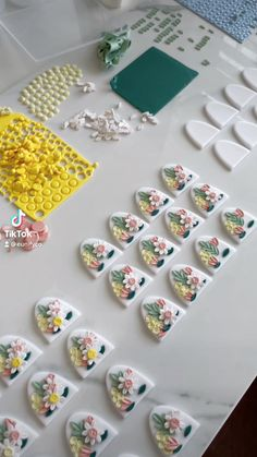Diy Earrings Polymer Clay, Polymer Clay Canes, Polymer Clay Flowers, Clay Projects, Clay Crafts, Cold Porcelain Jewelry, Polymer Clay Embroidery, Clay Creations, Arts And Crafts