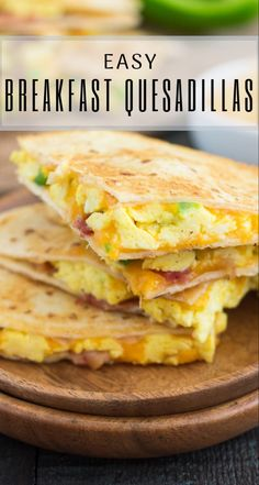 Healthy Breakfast Desayunos, Egg Recipes For Breakfast, Breakfast Dishes, Breakfast Time, Apple Breakfast, Egg Recipes For Dinner, Healthy Egg Breakfast, Breakfast Wraps, Healthy Breakfasts