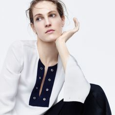 J.Crew women's Collection crepe de chine shirt with grommets, full-length linen pant and Catbird™ 14k gold hoop dream earrings.