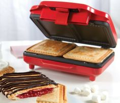 Make your own breakfast or snack pastry tarts with this electric pastry tart maker. Makes two tarts using your own favorite fillings. A healthy alternative to store bought breakfast or snack pastry tarts that are high in sugar and full of preservatives. Small Kitchen Appliances, Kitchen Gadgets, Baking Gadgets, Baking Items, Kitchen Small, Kitchen Dining, Cupcakes, Healthy Alternatives, Pop Tarts