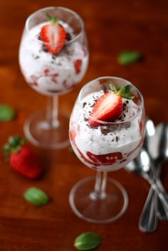 Serve up the romance with this fast and fruity creamy dessert. | 13 Deceivingly Easy-To-Make Valentine's Day Treats That'll Impress Your S.O.