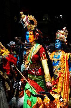 Shiva & Vishnu sharing screen space.