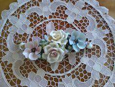 Fiori Capodimonte / Composizione floreale / Vintage soprammobile Capodimonte di VintaFai su Etsy