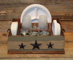 36 best picnicing images table caddy paper plates paper plate rh pinterest com