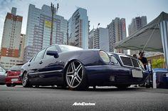 Mercedes-Benz E320 Elegance