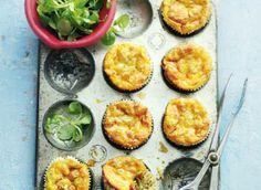 Minifrittata met chorizo en courgette Vegetarian Recipes, Cooking Recipes, Brunch, Dinner Is Served, Easter Recipes, High Tea, I Love Food, Italian Recipes, Food Inspiration