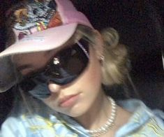 Swag Girl Style, Girl Swag, 2000s Fashion, Girl Fashion, Fashion Outfits, Bad Girl Aesthetic, Aesthetic Clothes, Aesthetic Indie, Estilo Cool