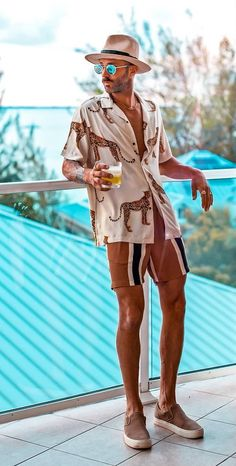 Coolest Pool Party Outfits Or Beach Party Looks to Steal Beach Party Outfits, Summer Outfits Men, Cool Outfits, Casual Outfits, Outfit Strand, Tropical Outfit, Animal Print Shirts, Outfits Hombre, Men Beach