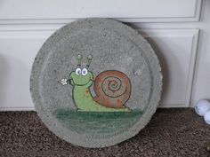 Happy Snail Hand Painted Stepping Stepping Stones Kids, Painted Stepping Stones, Painted Pavers, Painted Rocks, Hand Painted, Stone Painting, House Painting, Diy Painting, Rock Painting
