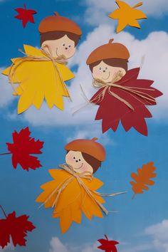 Aus dem Blog der Buntpapierwelt.de  Der September hat schon einladend seine Türen geöffnet und da zeigen sich die ersten Blätter in ihren bunten Farben: Kräftiges Rot, liebliches Orange und sanfte Gelbtöne dominieren in der Herbstzeit. Passend dazu stelle ich Euch diese gutgelaunten Blätterkinder vor.  Easy Butterfly Drawing, Easy Flower Drawings, Easy Disney Drawings, Easy Doodles Drawings, Colorful Drawings, Mom Drawing, Drawing For Kids, Art For Kids, Kids Crafts