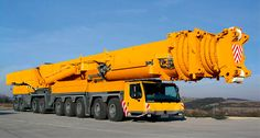 Meet Liebherr LTM 11200-9.1 - Built by the German company Liebherr Group, this colossal mobile crane has the longest telescopic boom in the world - 100 meters (328 ft)!