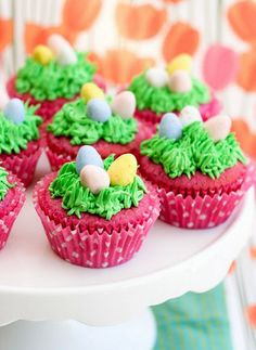 Raspberry Easter Egg Cupcakes and 25 Cutest Easter Cupcakes