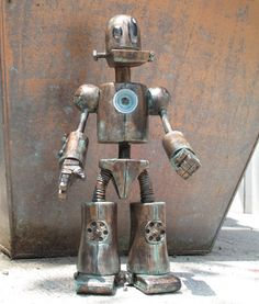 Tenacious Toys Blog: SDCC Preview: Titanium the Robot by Tony Montalvo