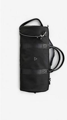 LEATHER DUFFLE BAG BLACK