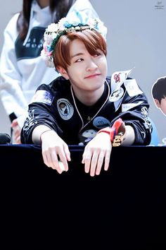 youngjae is just like me, when i'm dreaming in the school :D :)