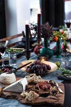 Athena Calderone EyeSwoon - Holiday Tablescape