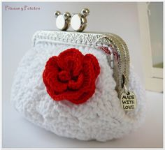 White crochet coin purse por PitusasyPetetes en Etsy, €16,50