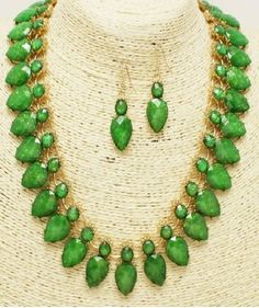 Green and Gold Teardrop Opal Statement Necklace Set