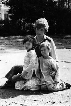 Princess Diana Childhood and Teenage Photos - Princess Diana Before She Became A Royal