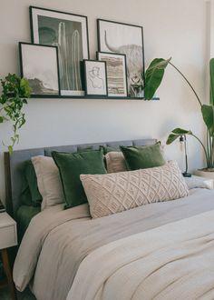 Room Design Bedroom, Room Ideas Bedroom, Home Decor Bedroom, Living Room Decor, City Bedroom, One Bedroom Apartment, Bedroom Green, My New Room, Room Inspiration