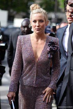 KateHudson at Paris fashion week streetstyle