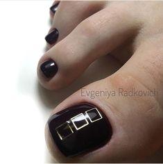 55 new ideas unique pedicure designs toenails Glitter Manicure, Pedicure Nail Art, Pedicure Designs, Sparkle Nails, Toe Nail Designs, Nail Polish Designs, Toe Nail Art, Manicure And Pedicure, Cute Toe Nails