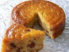 Torta de Pan Rallado, queso y pasas