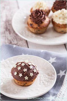 Winterliche Spekulatius-Cupcakes mit extra viel Schokolade - im Teig, im Frosting und als Deko