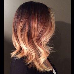 Je veux cette coupe et cette couleur. J'ai envie d'aller chez le coiffeur sur le champ !