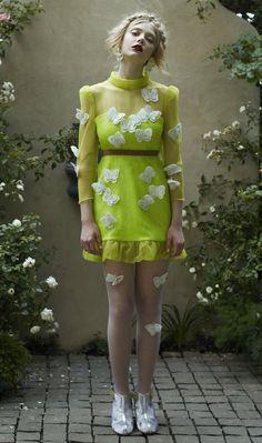 Maximillia eBoutique is Australia's premier online fashion boutique, stocking Australian and international designer labels. Quirky Fashion, Love Fashion, High Fashion, Fashion Show, Fashion Looks, Fashion Outfits, Fashion Design, Fashion Moda, Womens Fashion