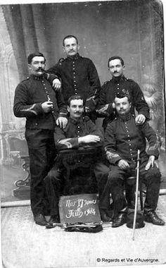 Regards et Vie d'Auvergne: Photos de familles anciennes d'Auvergne, en noir e...