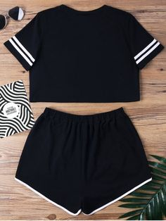 cute sleepwear for teens shorts Cute Lazy Outfits, Teenage Outfits, Outfits For Teens, Pretty Outfits, Stylish Outfits, Sporty Outfits, Girly Outfits, Pajama Outfits, Crop Top Outfits