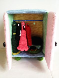 Free crochet pattern doll sofa crochet pinterest dolls yaprak amigurumi free pattern yapraks pastel closet ccuart Images