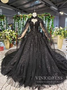 black wedding dress Sparkly Black Lace Ball Gown Wedding Dress with Cap Vintage Formal Dre Viniodress Vintage Formal Dresses, Elegant Dresses, Pretty Dresses, Beautiful Dresses, Vintage Outfits, Casual Dresses, Casual Outfits, Dress Formal, Dress Vintage