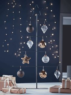 Wire Bauble Tree