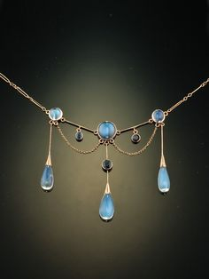 Arts and Crafts 21.59 Ct natural moonstone and sapphire stunning necklace