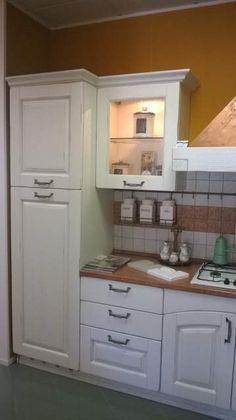 Cucina completa in rovere massello decapè bianco anticato 4